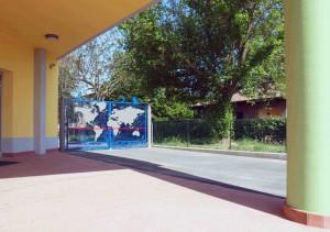 Particolare ingresso e cancello disegnato da Nani Tedeschi
